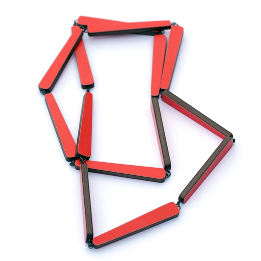 red laminate chain