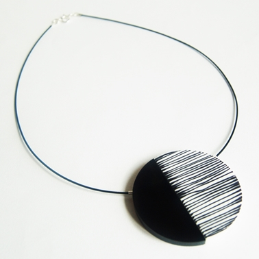 Black Line Up necklace