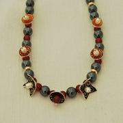 Necklace Hematite/Cornelian 7 Drops Black, ruby , mikado