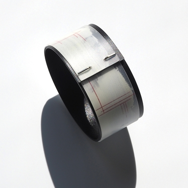 bangle with black inside