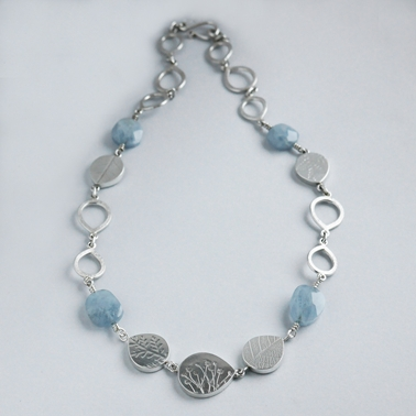 Aquamarine teardrop bead necklace