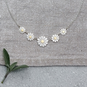 Five Daisies Necklace