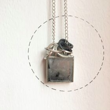 Loopy rutilated quartz necklace