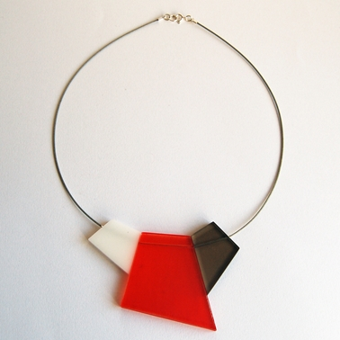 orange fragments necklace