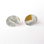 oval yellow/grey studs