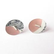 oval pink/blue studs