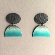 Oxidiesd oval stud with Deep turquoise large half oval