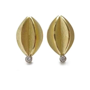 sue lane 18k gold earrings