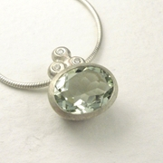 Green quartz, silver and diamond necklace