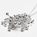 Pebble silver cluster necklace
