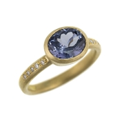 18ct yellow gold and blue spinel ring with diamonds