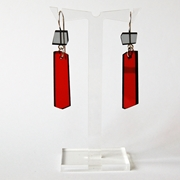 red shard earrings A004