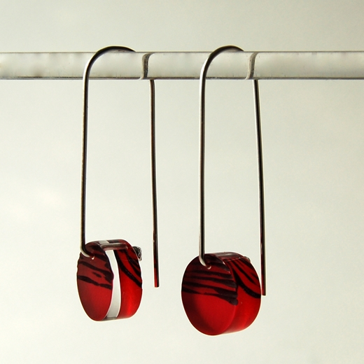 red horizon earrings