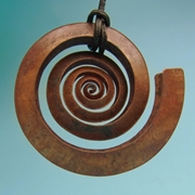 Small swirl copper pendant