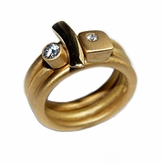 18ct Gold 10pt Diamond Ring Set
