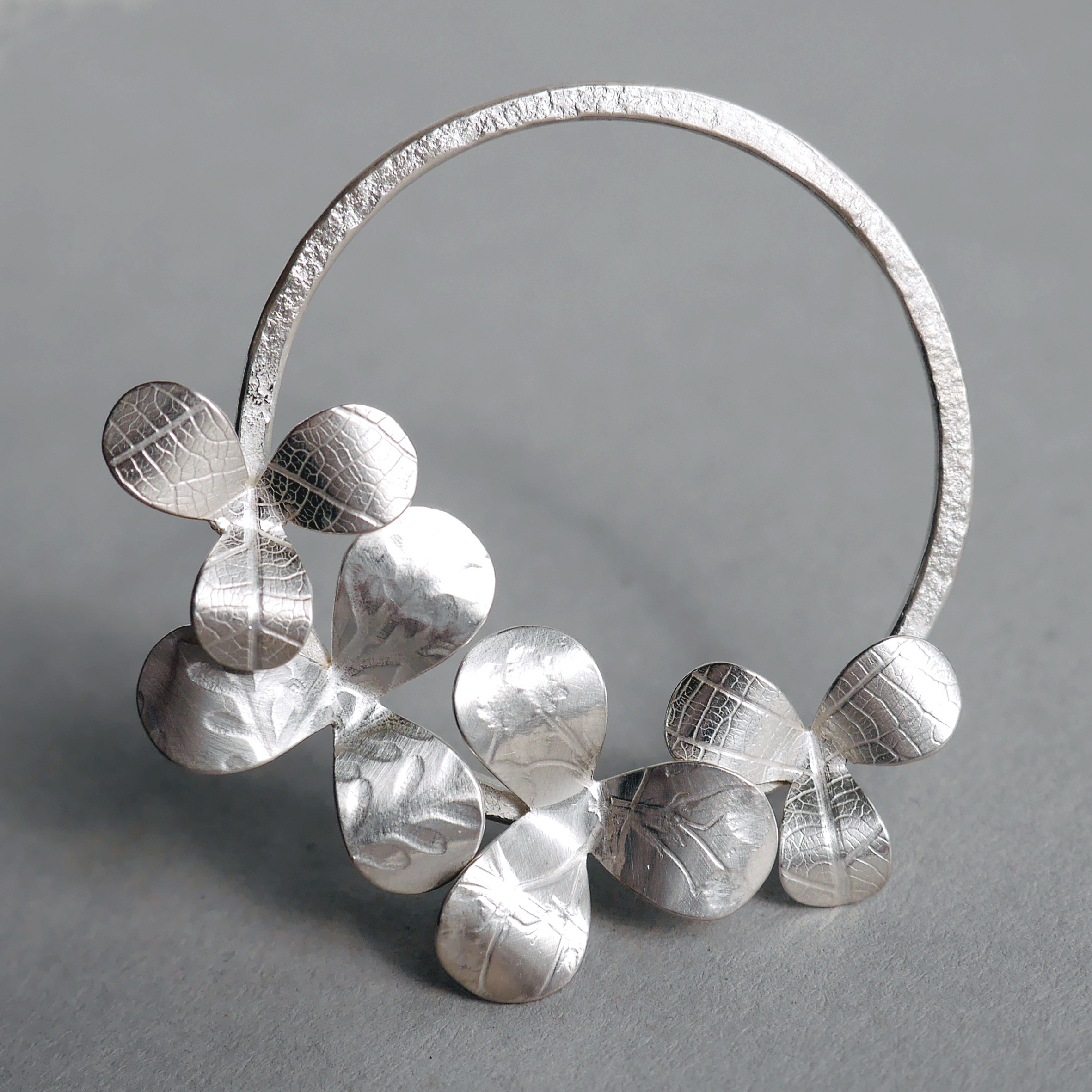 ac argent contemporary b cox collection amanda bi comissions bespoke jewellery oak