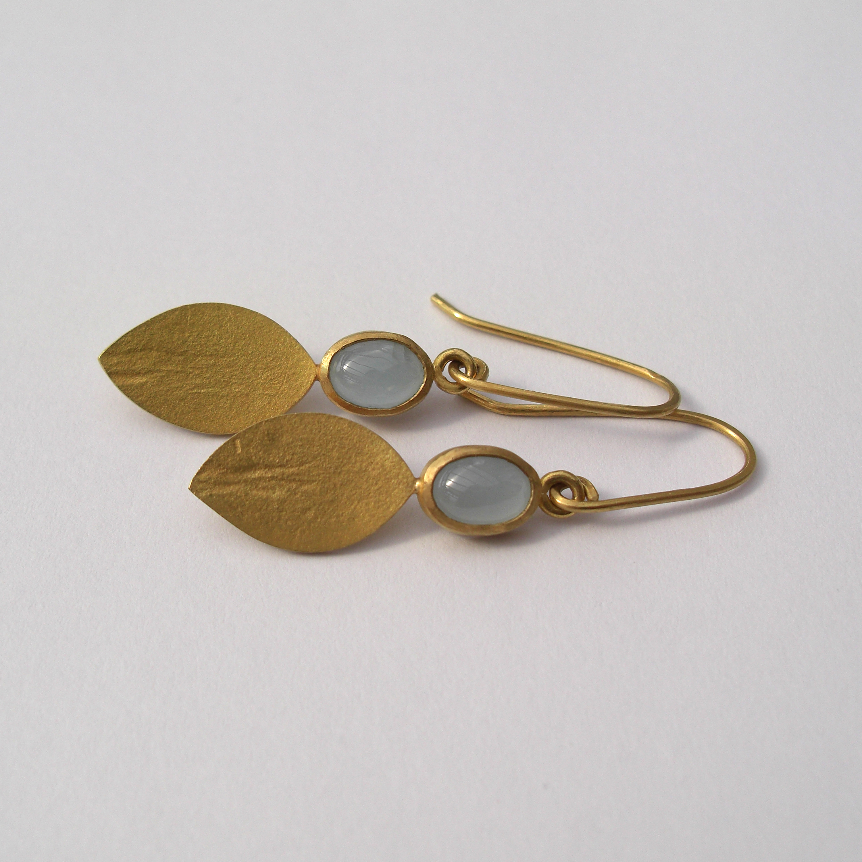 Gold And Cabochon Aquamarine Earrings Aquamar