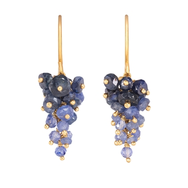 Sapphire and gold grape earrings