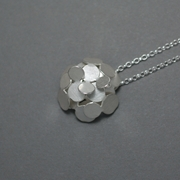 Small flower wrapping pendant