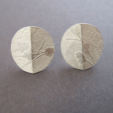 Silver folded stud earrings
