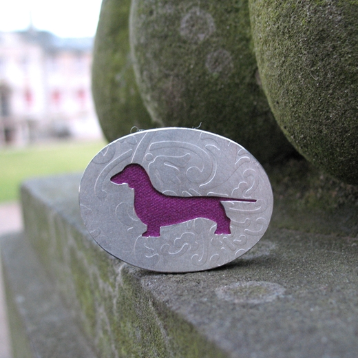 Smooth Haired Dachshund brooch pin