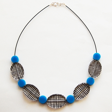 blue Spot Colour necklace