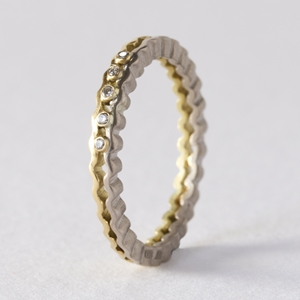 Strata diamond band - two tone