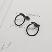 oxidised overlapping circle studs