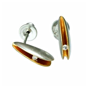 front diamond shell studs