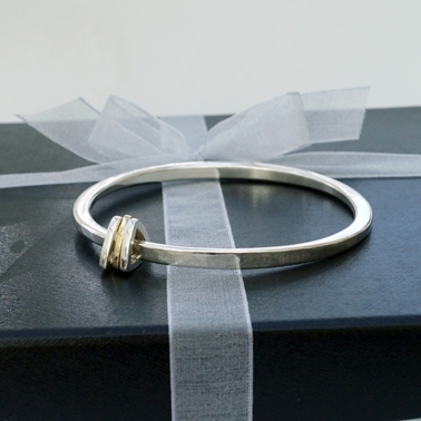 Tapering Bangle with Triangular Charms