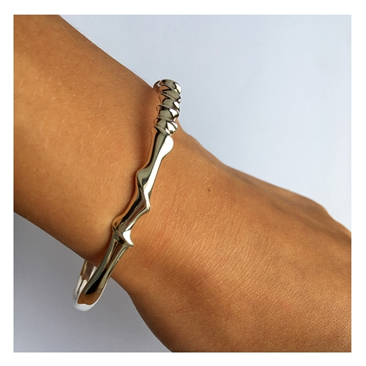 oval silver twist bangle