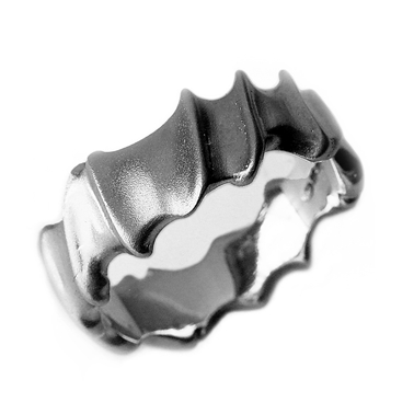 Detailed silver vine ring