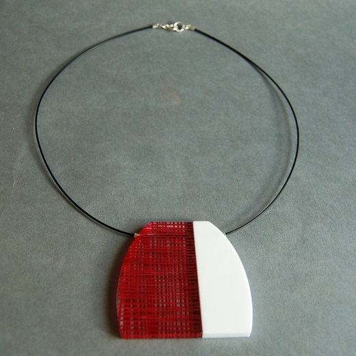 red weave necklace 02