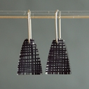 weave black short drop earrings